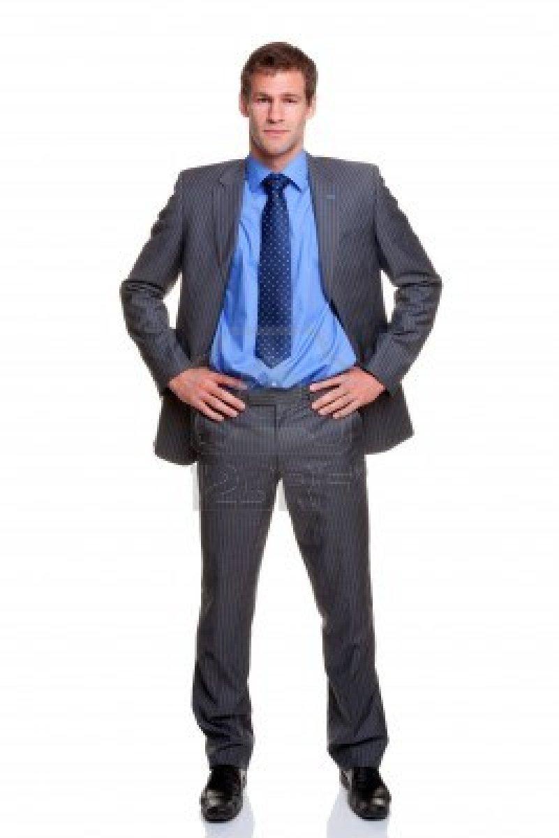 5179555-hombre-de-negocios-en-un-traje-a-rayas-de-pie-con-las-manos-sobre-sus-caderas-aisladas-sobre-fondo-b.jpg