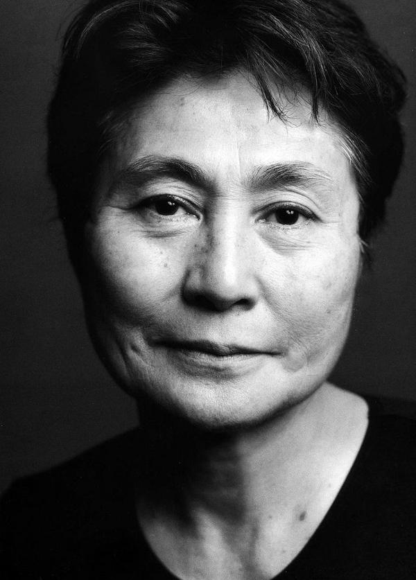 Yoko Ono / mujeres con marca / soymimarca